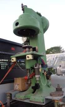 Aggraffatrice automatica Calimi