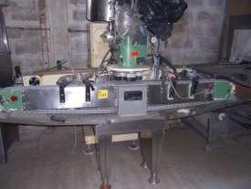 capsulatrice automatica twist-off marca Gherri mod.GG35